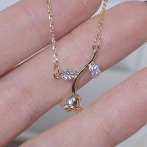 NEW 14K Gold Plated Diamond Rose Necklace d
